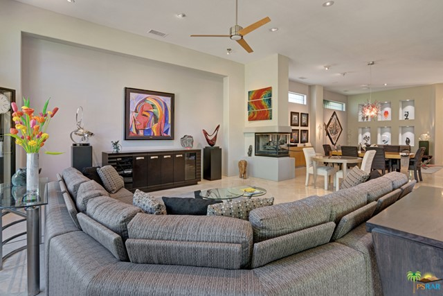 15 Birkdale Circle, Rancho Mirage CA: http://media.crmls.org/mediaz/F6E8C8ED-6BF7-4C55-AC1E-34EEDC97952C.jpg