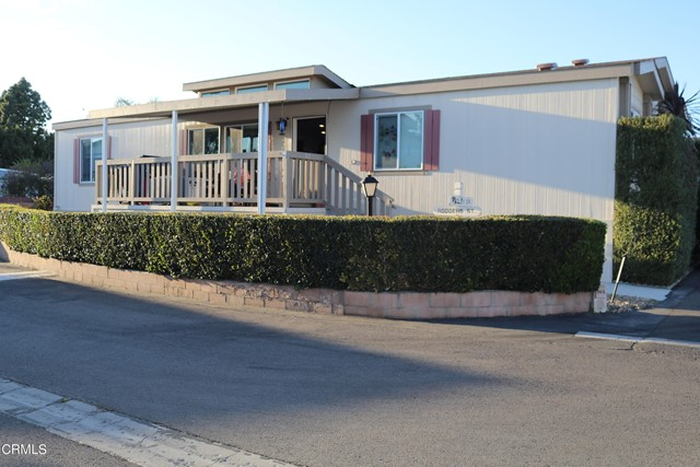 Detail Gallery Image 1 of 29 For 369 Hadley Dr #369,  Ventura,  CA 93003 - 4 Beds | 2 Baths