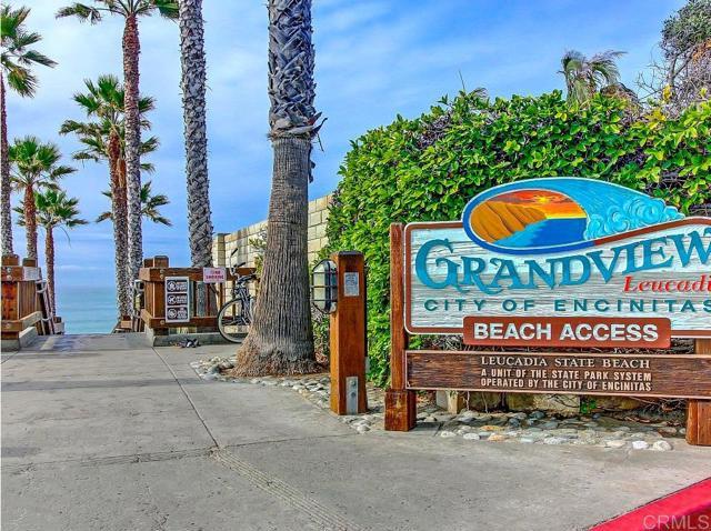 1624 N Coast Hwy 101, Encinitas CA: http://media.crmls.org/mediaz/F71353ED-D05B-44D7-8230-A2AA4F2986FC.jpg