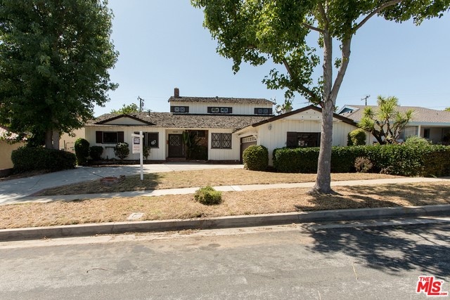 5227 S HOLT Ave, Los Angeles, CA 90056