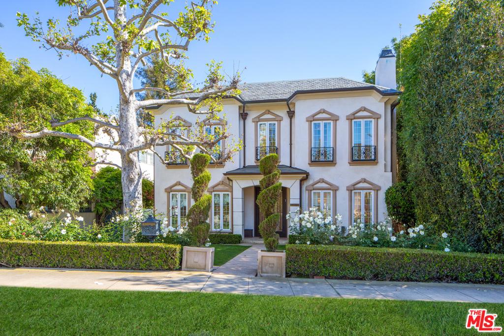 12038 KEARSARGE Street #  Los Angeles CA 90049