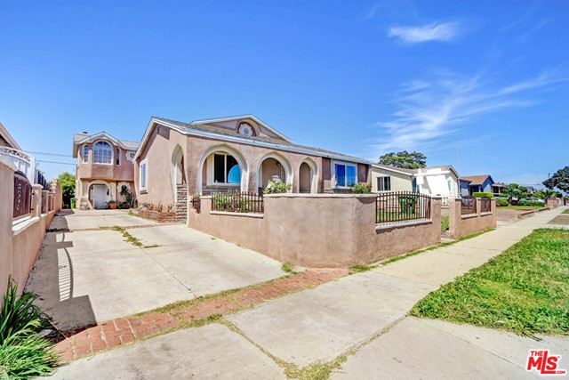 3333 134TH, Hawthorne, California 90250, ,Residential Income,For Sale,134TH,20582174