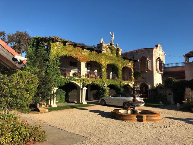 300 Country Club, Carmel Valley CA: http://media.crmls.org/mediaz/F7D80236-A303-43D8-ACD3-02F73D529D36.jpg