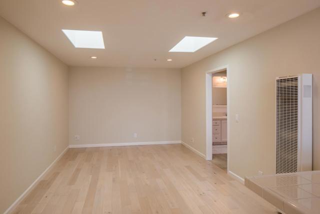 370 Shasta Street, Sand City CA: http://media.crmls.org/mediaz/F7ED6E02-BD33-4D52-BA3A-5076E4399335.jpg