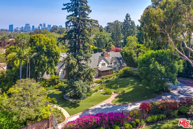Photo of 333 Bel Air Road, Los Angeles, CA 90077