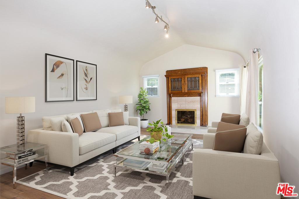 260 S Oakhurst Drive #  Beverly Hills CA 90212