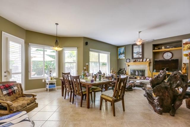 1415 Buena Vista Way, Carlsbad CA: http://media.crmls.org/mediaz/F9404365-374F-43F0-8A15-A2A53B8F2AA9.jpg
