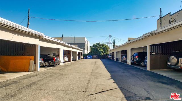 5012 CLINTON Street, Los Angeles CA: http://media.crmls.org/mediaz/F95D7300-D944-4EC4-9CE5-B534F76F9ED6.jpg