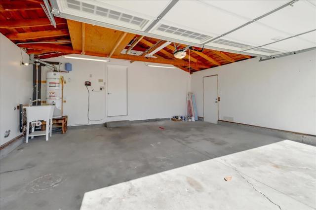 6239 Hokett Way, San Jose CA: http://media.crmls.org/mediaz/F9AFDF8C-F71F-4092-BFAF-92996D285E49.jpg