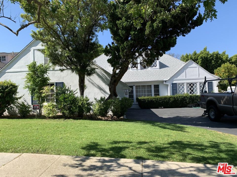 9401 Oakmore Road #  Los Angeles CA 90035
