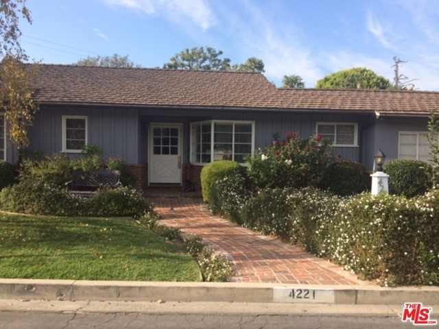 Single Family Home for Rent at 4221 Toluca Lake Lane W Burbank, California 91505 United States