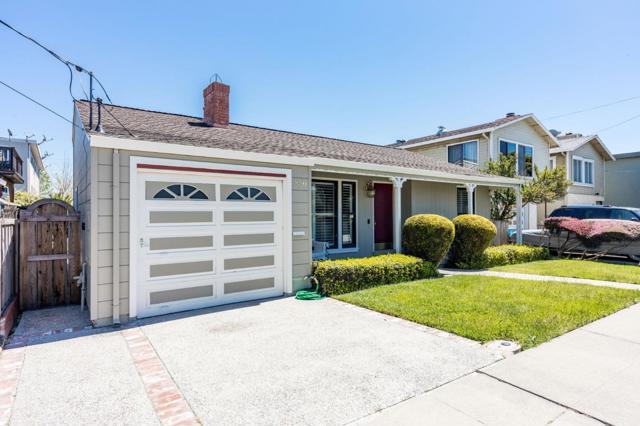 856 Mills Avenue, San Bruno CA: http://media.crmls.org/mediaz/FA5644A5-6549-43EE-93B8-6E756D0A3173.jpg