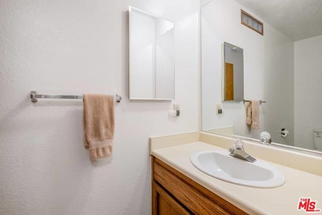 6078 Spruce Street, Wrightwood CA: http://media.crmls.org/mediaz/FA6D2F2B-E23A-4BAC-89A3-7B6162A19415.jpg