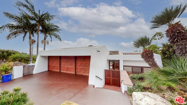 2501 Via Olivera, Palos Verdes Estates, California 90274, 4 Bedrooms Bedrooms, ,3 BathroomsBathrooms,Single family residence,For Sale,Via Olivera,20663196