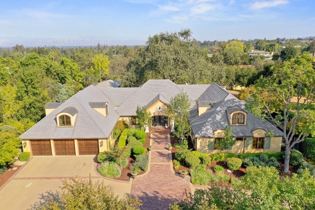 14156 Short Hill Court, Saratoga, California 95070, 5 Bedrooms Bedrooms, ,4 BathroomsBathrooms,Residential Purchase,For Sale,Short Hill,ML81815183