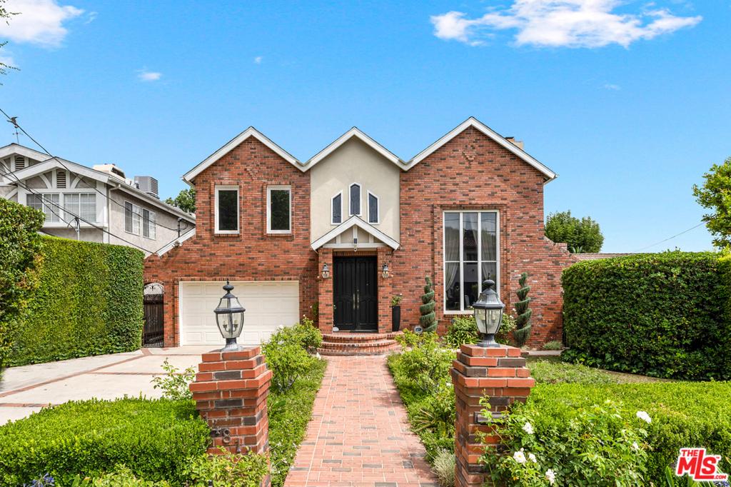 14811 Sutton Street #  Sherman Oaks CA 91403