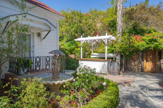 349 Renee Street, Orange CA: http://media.crmls.org/mediaz/FBC0DFB3-6F7E-4832-9E17-5D63C29001B6.jpg