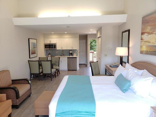 324 Seascape Resort Drive, Aptos CA: http://media.crmls.org/mediaz/FBCF9757-0D5F-43B2-94C3-B558629B41E1.jpg
