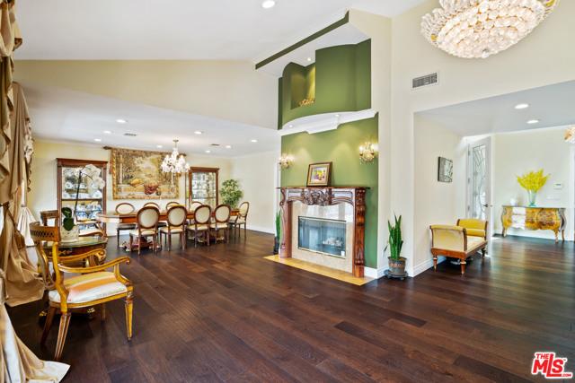 4311 Coquette Place, Tarzana CA: http://media.crmls.org/mediaz/FC7A2E58-653D-41D2-909A-0A91DBE12892.jpg