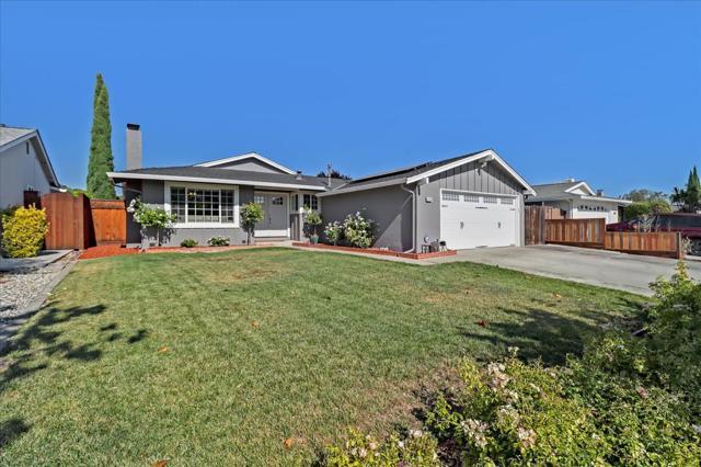6239 Hokett Way, San Jose CA: http://media.crmls.org/mediaz/FCF61256-D6CB-497C-8A5D-EF0215FD2B8F.jpg
