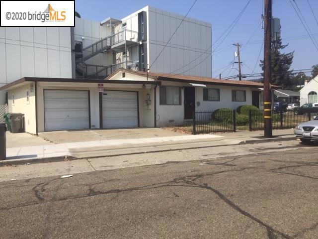 3251 62Nd Ave, Oakland CA: http://media.crmls.org/mediaz/FCF8FD08-61F1-4185-B746-E79953A2BBBC.jpg