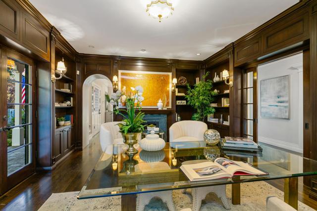 房产卖价 : $450.00万/¥3,096万