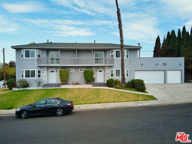 8519 Glider Ave, Los Angeles, CA 90045