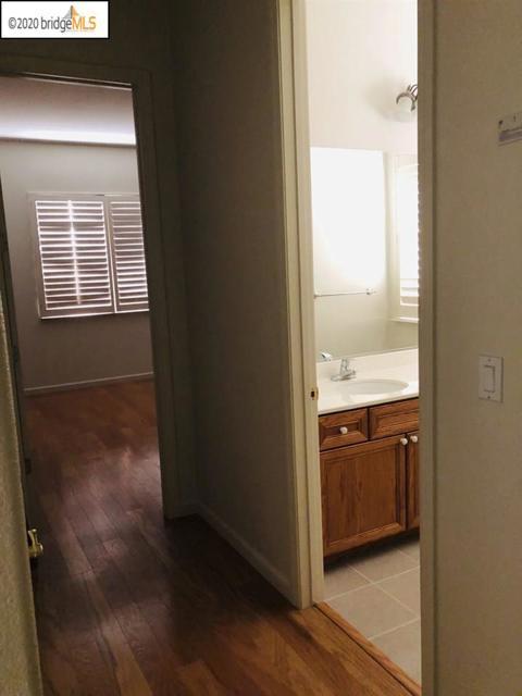 5074 Carbondale Way, Antioch CA: http://media.crmls.org/mediaz/FD17FAEA-D997-4864-99BF-EE69A77C2A85.jpg