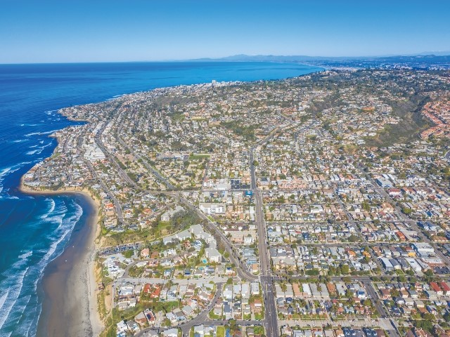 1164 Turquoise St, San Diego CA: http://media.crmls.org/mediaz/FD22B2E2-B21C-4544-8E1C-C574EE012E61.jpg
