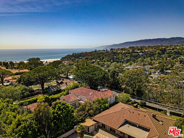 430 ADELAIDE Dr, Santa Monica, CA 90402