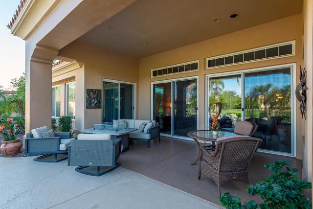 59 Calle De Oro, Rancho Mirage CA: http://media.crmls.org/mediaz/FD8E3AEC-EE5F-4DA5-91C8-F13E637F24BD.jpg