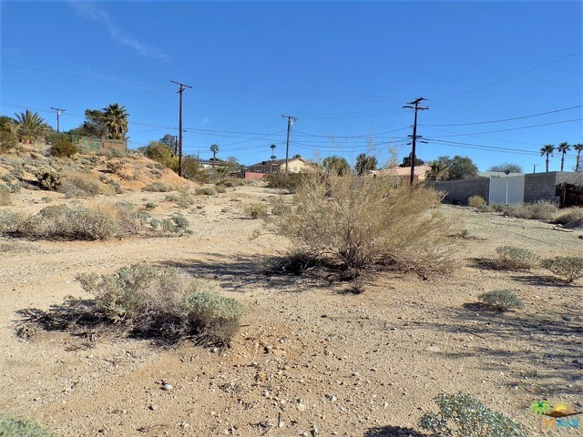 0 Lot 1 Mountain View Road, Desert Hot Springs CA: http://media.crmls.org/mediaz/FE0005C5-CDDC-4619-AA0E-DA118E09E040.jpg