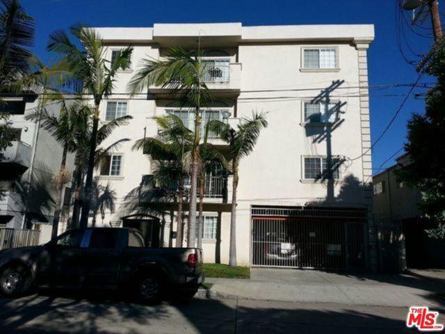 2114 Colby Avenue, Los Angeles CA: http://media.crmls.org/mediaz/FE249F81-DD76-4227-9FF6-F88477E94362.jpg