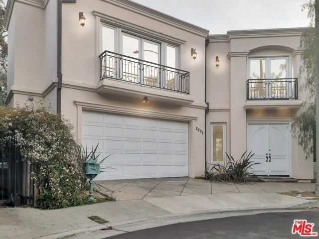 2601 Devista Place, Los Angeles CA: http://media.crmls.org/mediaz/FEBD5217-3A94-4E22-AF7E-C45DCA77FAA9.jpg