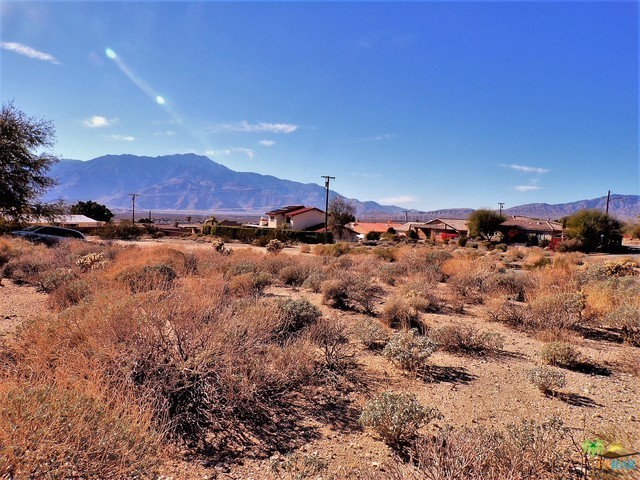 0 Lot 1 Mountain View Road, Desert Hot Springs CA: http://media.crmls.org/mediaz/FEC10F09-BF53-48FA-88DB-9ACF02BCF1EC.jpg