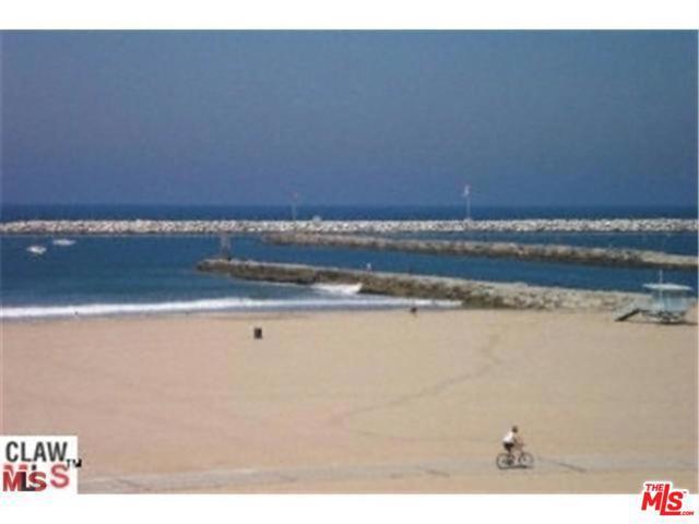 6307 Ocean Front Walk 1, Playa del Rey, CA 90293