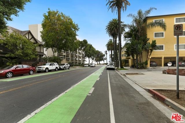 125 Montana Ave 104, Santa Monica, CA 90403 photo 16