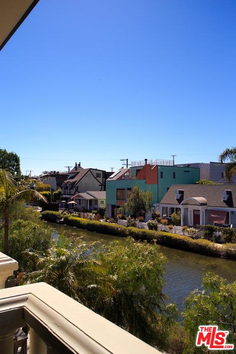 414 Carroll Canal, Venice, CA 90291 photo 21