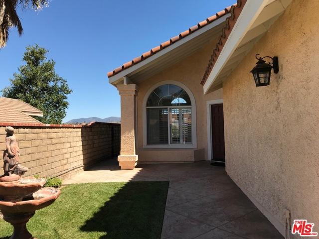 Photo of 22134 Grovepark Drive, Santa Clarita, CA 91350