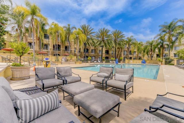 10848 Scripps Ranch Blvd, San Diego CA: http://media.crmls.org/mediaz/ae894a72-eb77-4579-98c0-6060cea5622c.jpg