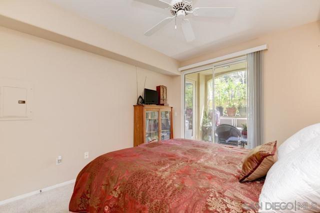 10848 Scripps Ranch Blvd, San Diego CA: http://media.crmls.org/mediaz/b87290dd-bc97-447f-a947-093643bb21cc.jpg