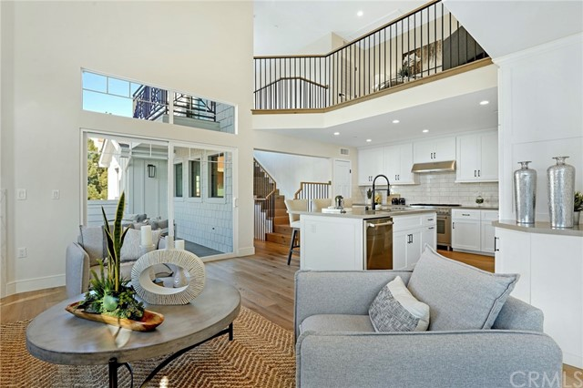 802 Catalina Avenue, Redondo Beach, California 90277, 4 Bedrooms Bedrooms, ,3 BathroomsBathrooms,For Sale,Catalina,SB21064743