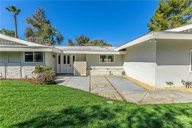 80 Vista Lago Drive, Simi Valley, CA 93065