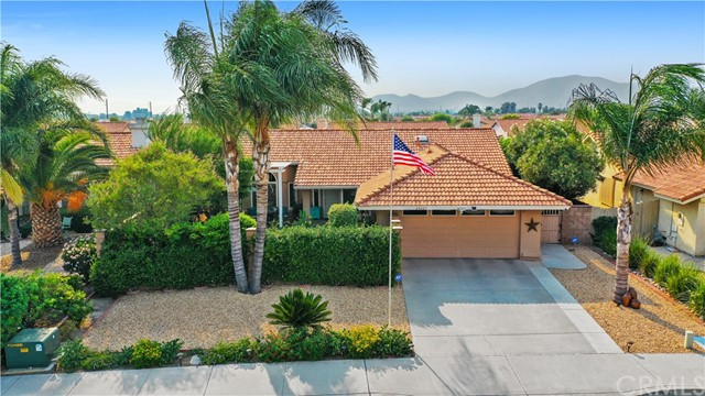 29327 Summerset Dr, Sun City, CA 92586