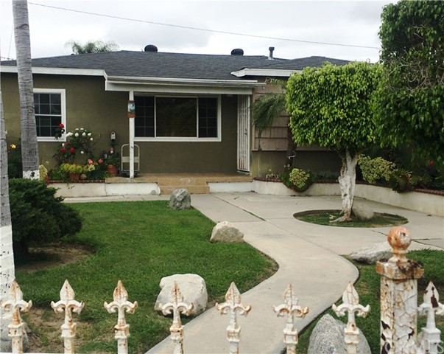 1110 N Daisy Avenue, Santa Ana, CA 92703