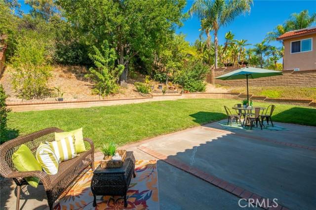 Enjoy the sunshine in the backyard