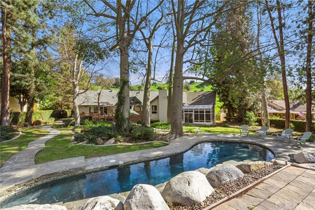 2283 Valle Drive, La Habra Heights, CA 90631