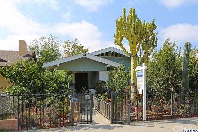119 S Dillon Street, Los Angeles, CA 90057