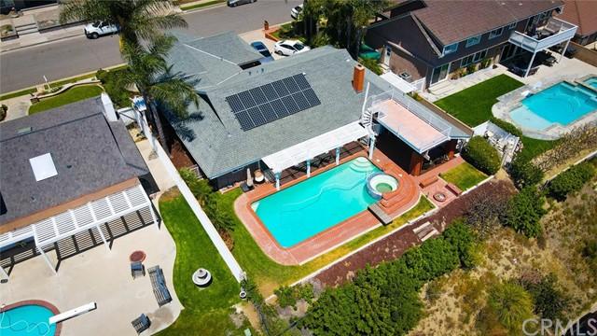 2. 2940 E Echo Hill Way Orange, CA 92867