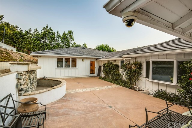 11 Outrider Road, Rolling Hills, California 90274, 4 Bedrooms Bedrooms, ,3 BathroomsBathrooms,For Sale,Outrider,PV20235283
